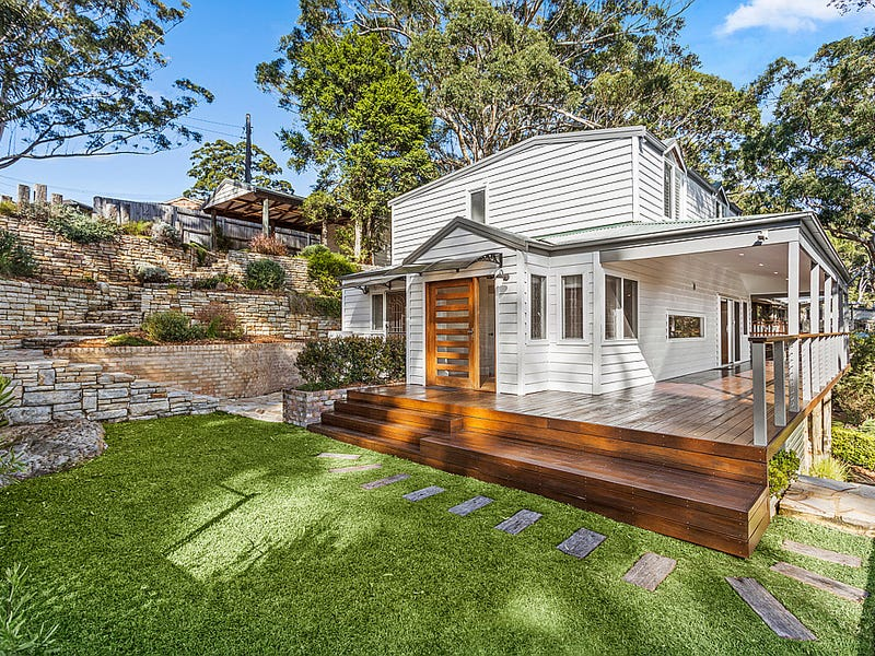 130 The Crescent, Helensburgh, NSW 2508