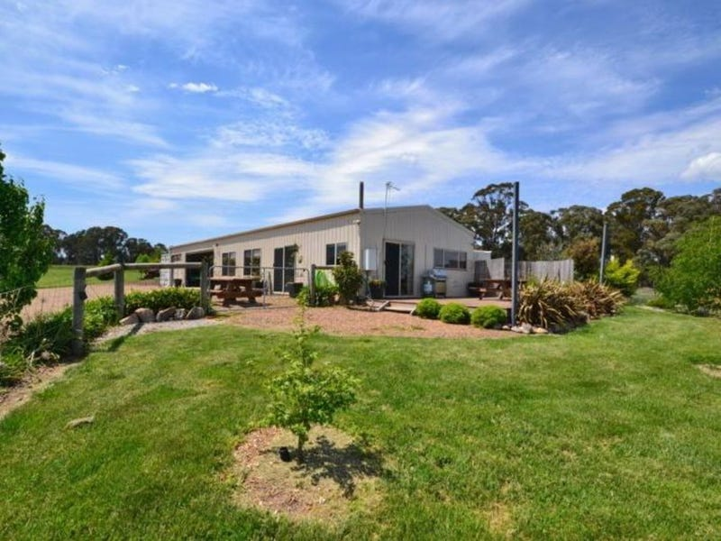 13, 1094 Tabletop Road, Mansfield, Vic 3722