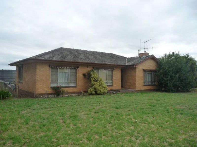 1607 Sebastian Road, Campbells Forest, Vic 3556