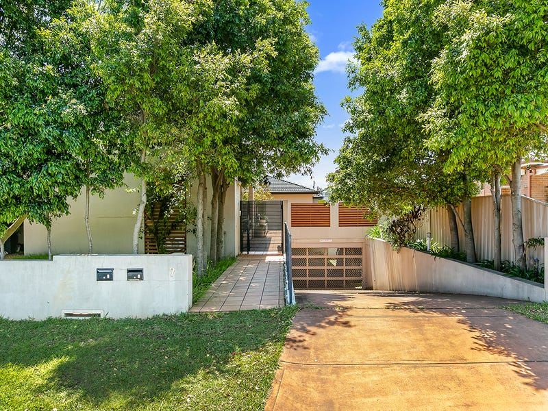 2/7 Farnham Ave, Roselands, NSW 2196