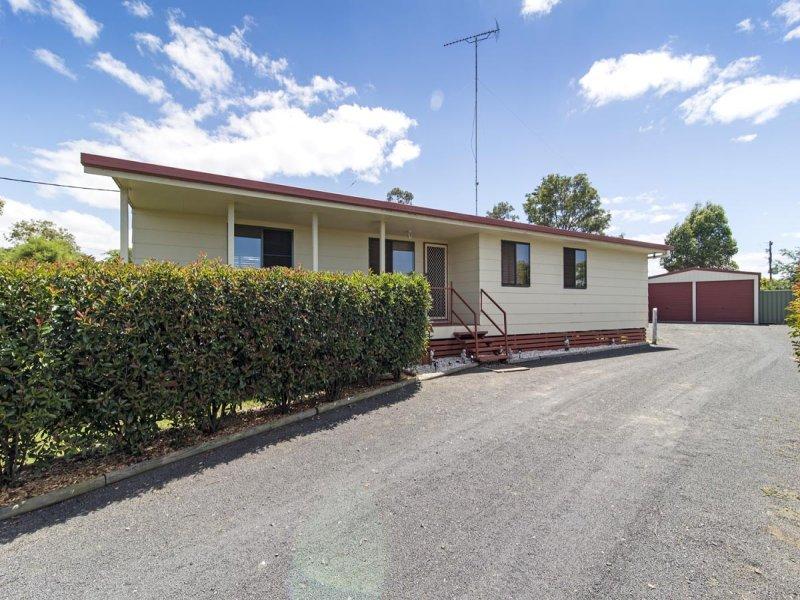 13 Balfour Street, Wyreema, Qld 4352