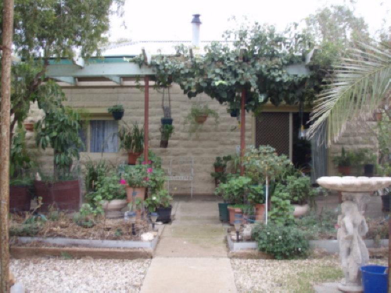Fettke Rd, Robertstown, SA 5381