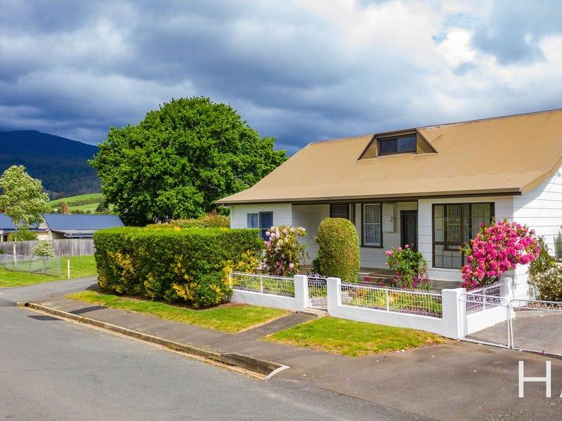 35 Station Road, Lilydale, Tas 7268