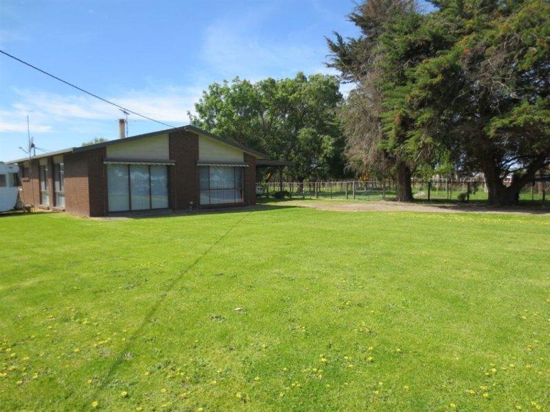 120 Corduroy Road, Longwarry, Vic 3816