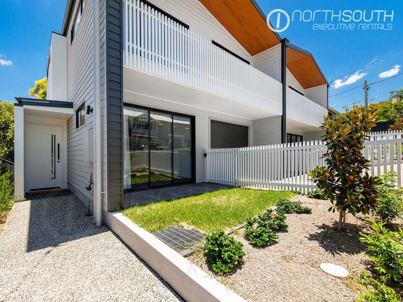 25 Robertson Avenue, Greenslopes, Qld 4120