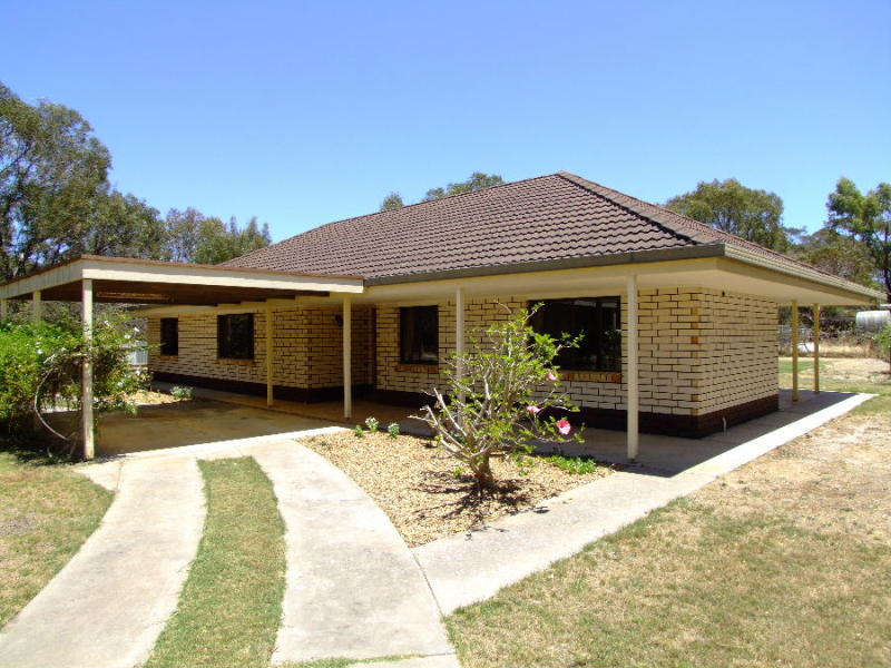 10 Third Street, Brownlow, SA 5223