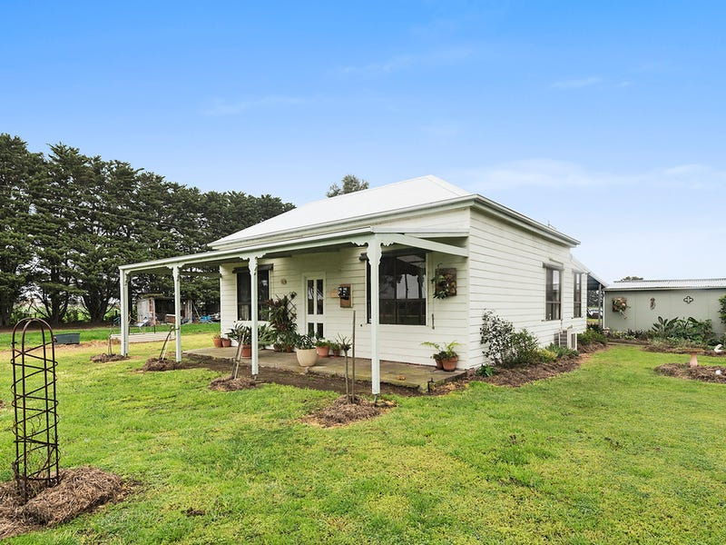 155 Pierces Road, Weering, Vic 3251