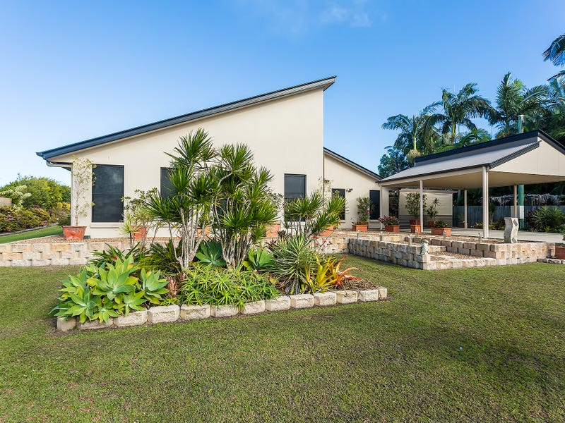 4 Illustrious Court, Cooloola Cove, Qld 4580