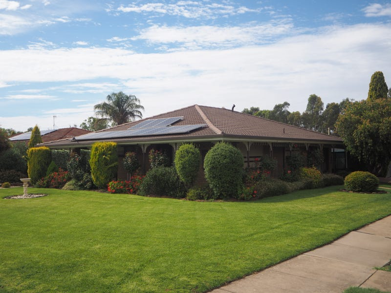 19 Clarence Street, Nhill, Vic 3418