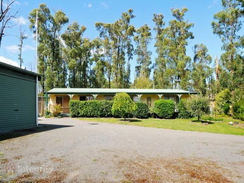 2296 Healesville-Kinglake Road, Castella, Vic 3777