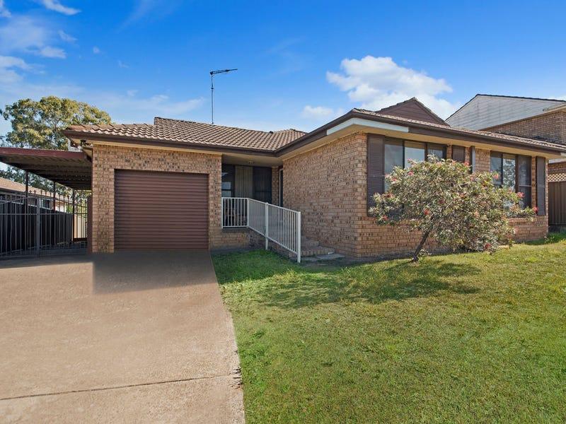 1 LANARK PLACE, St Andrews, NSW 2566