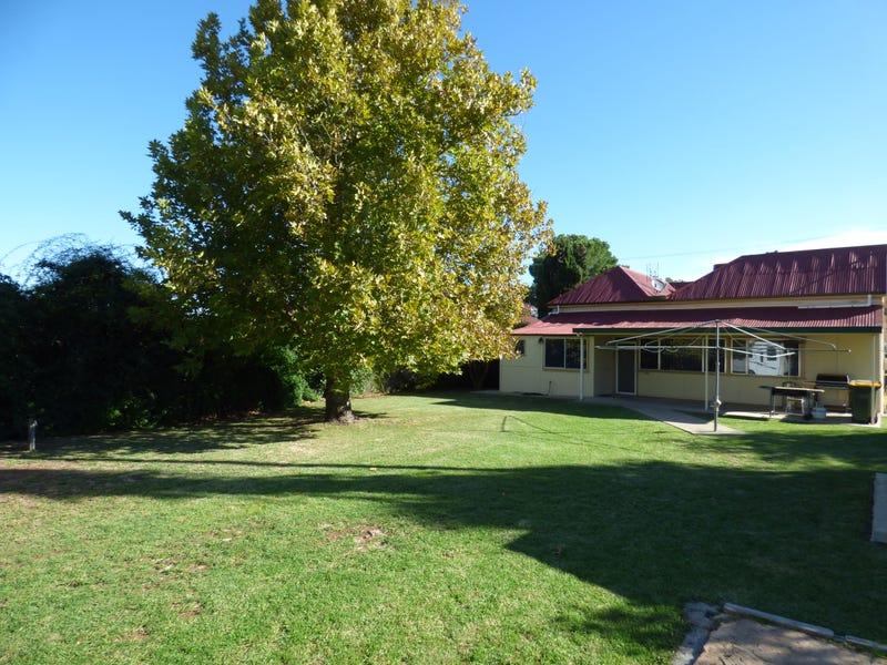 13 Battye Street, Forbes, NSW 2871