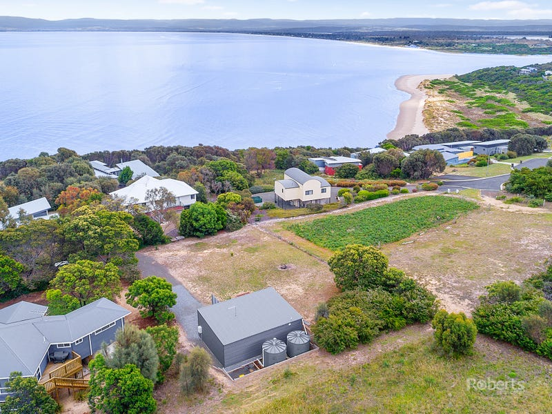 53 Oyster Bay Court, Coles Bay, Tas 7215