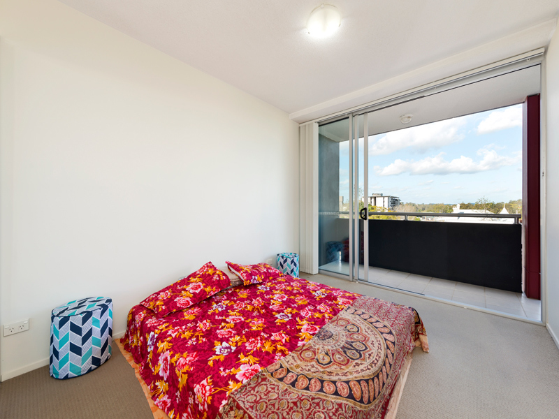 18/27 Station Road, Indooroopilly, Qld 4068