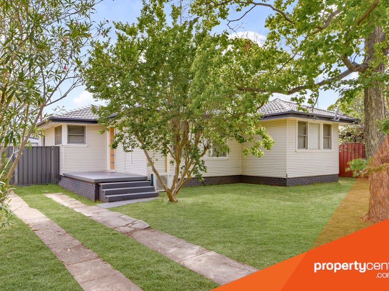 13 Christie Street, South Penrith, NSW 2750