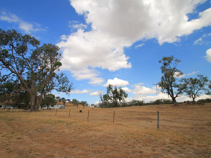 11090 New England Highway, Wallabadah, NSW 2343