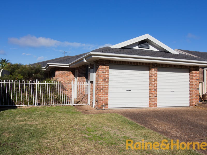 3 Creswell Place, Fingal Bay, NSW 2315