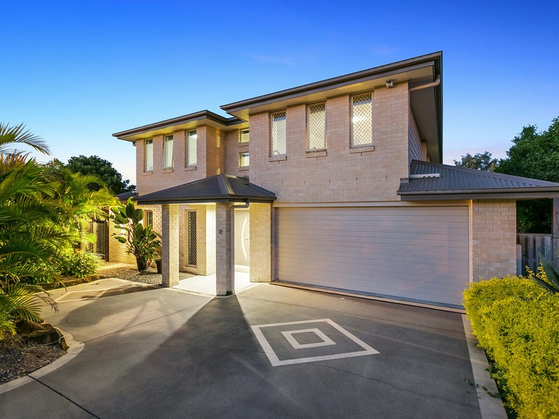 37 McAuley Parade, Pacific Pines, Qld 4211