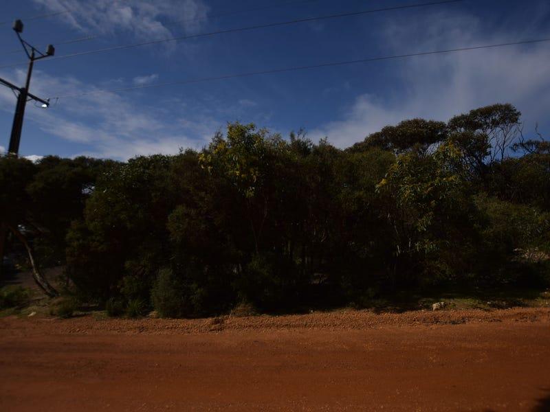 7 Dolphin Crescent, Vivonne Bay, SA 5223