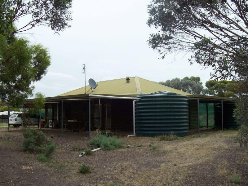 87-89 Horrocks Highway, Wilmington, SA 5485