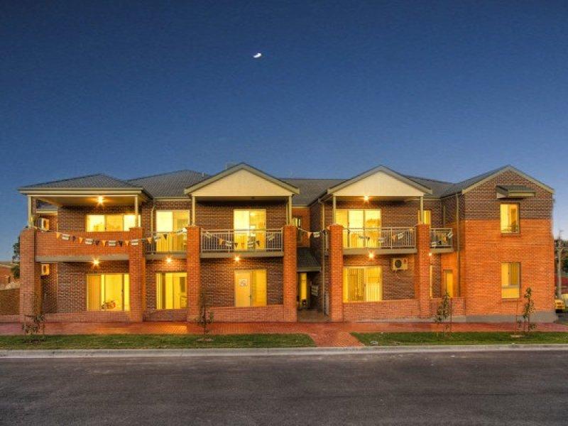 2/15 Stuart Street, Helensburgh, NSW 2508