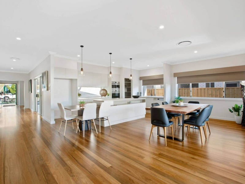 27 Sovereign Drive, Thrumster, NSW 2444