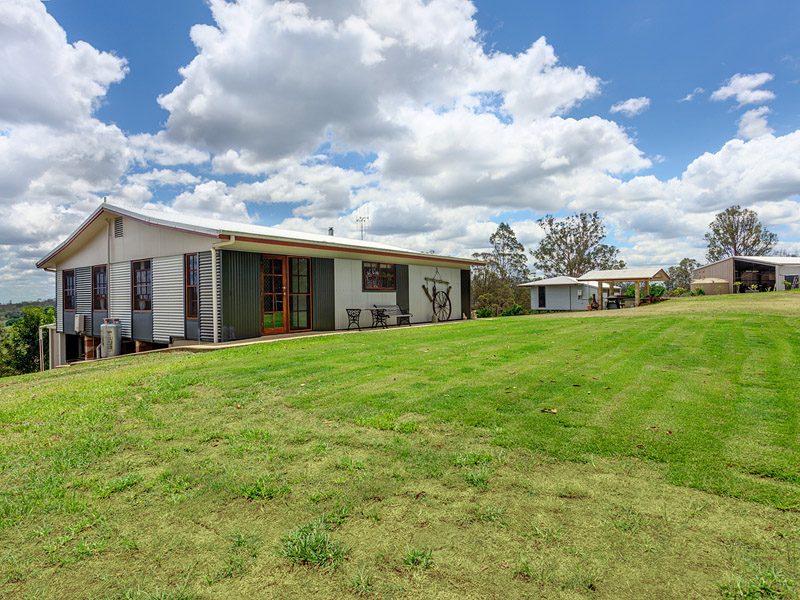 937 Sandy Creek Road, Veteran, Qld 4570