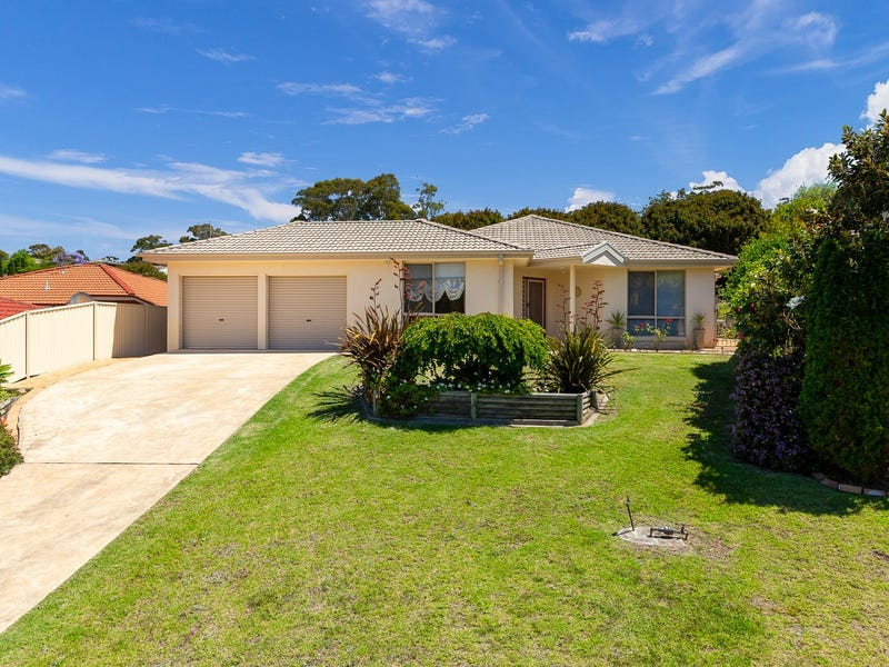 3 Banks Place, Sunshine Bay, NSW 2536