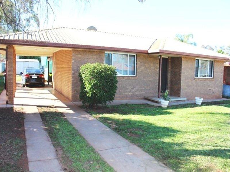 13 Lamrock Street, Cobar, NSW 2835