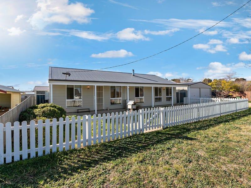 4 Coronation Avenue, Braidwood, NSW 2622
