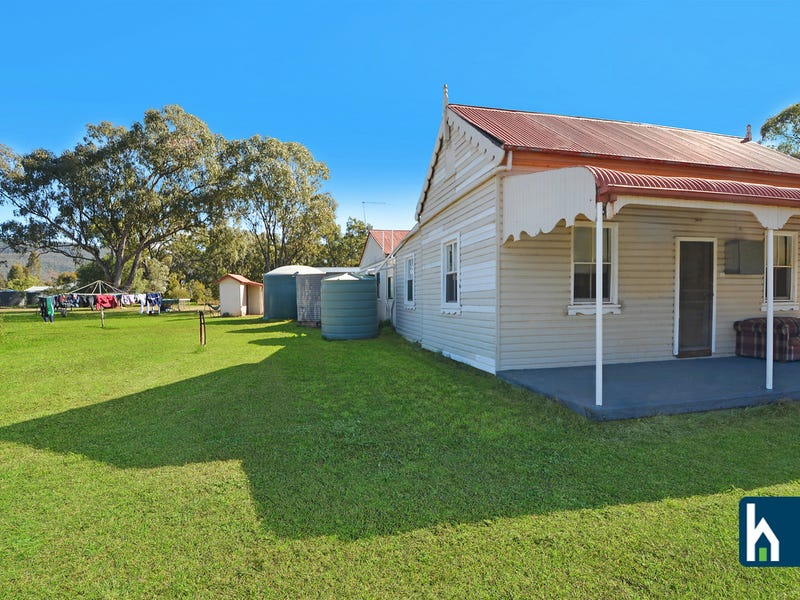 17 Bushs Lane, Gunnedah, NSW 2380