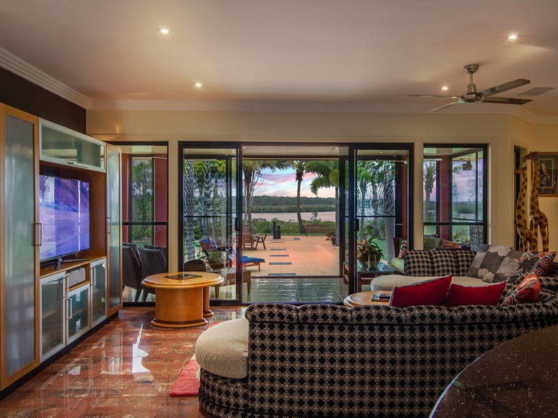 291  Sheehans Road, Calavos, Qld 4670