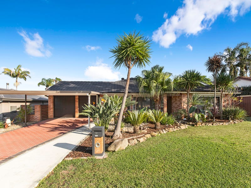 13 Leicester Way, St Clair, NSW 2759