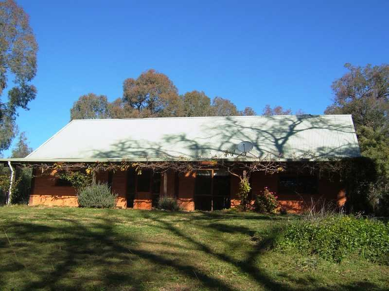 2899 Yaven Creek Road, Adelong, NSW 2729
