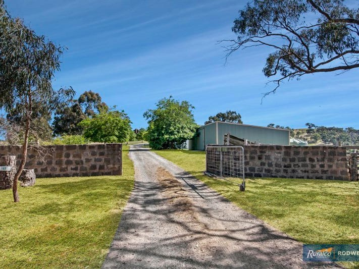 165 Saunders Road, Kilmore East, Vic 3764