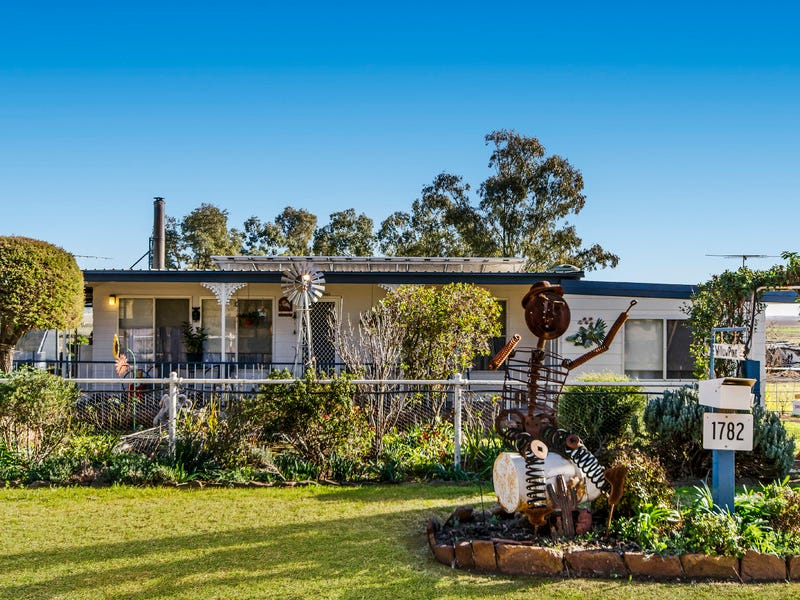 1782 Bundella Road, Pine Ridge, NSW 2343