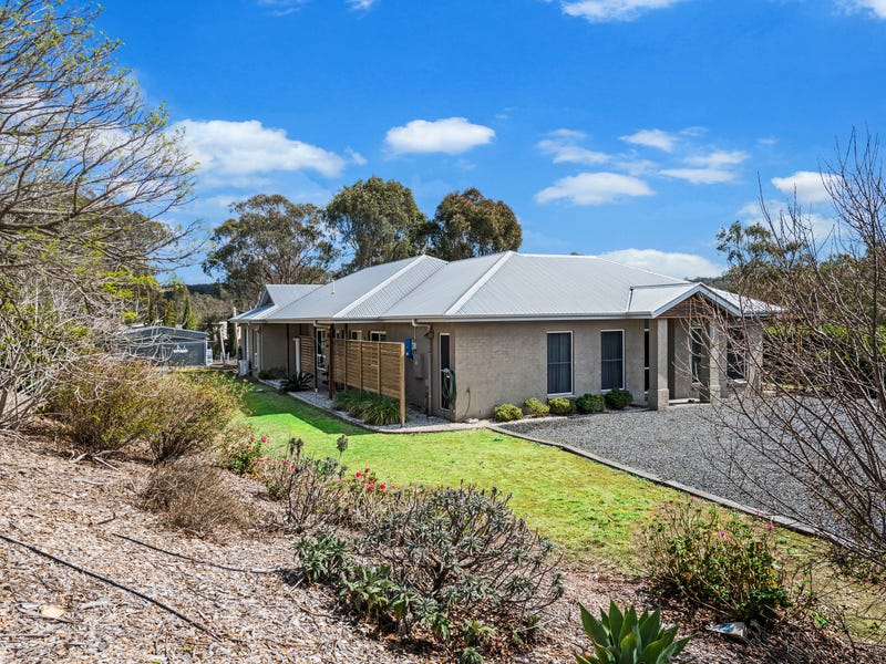 2 Fig Tree Place, Top Camp, Qld 4350