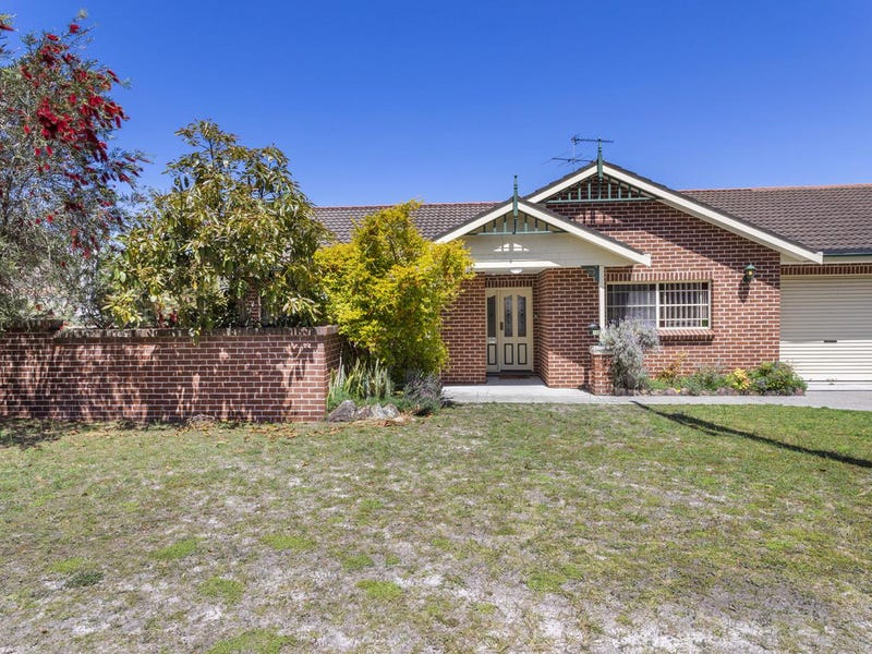 10 Fingal Street, Nelson Bay, NSW 2315