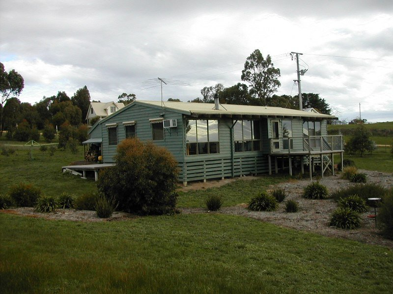 11 Aurel Road, Deans Marsh, Vic 3235