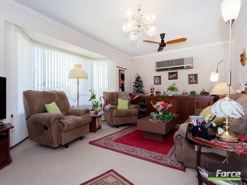 7 Macedon Place, Craigie, WA 6025