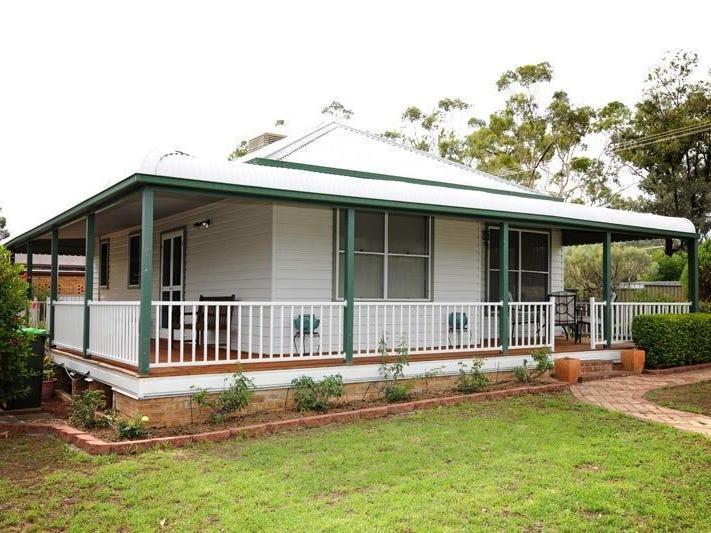 8 Lawson Av, Gunnedah, NSW 2380