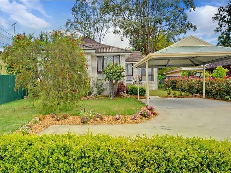 233 Galston Road, Hornsby Heights, NSW 2077