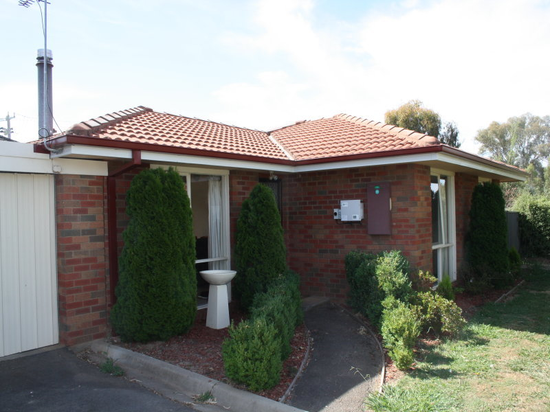 4/11 Club Court, Mansfield, Vic 3722