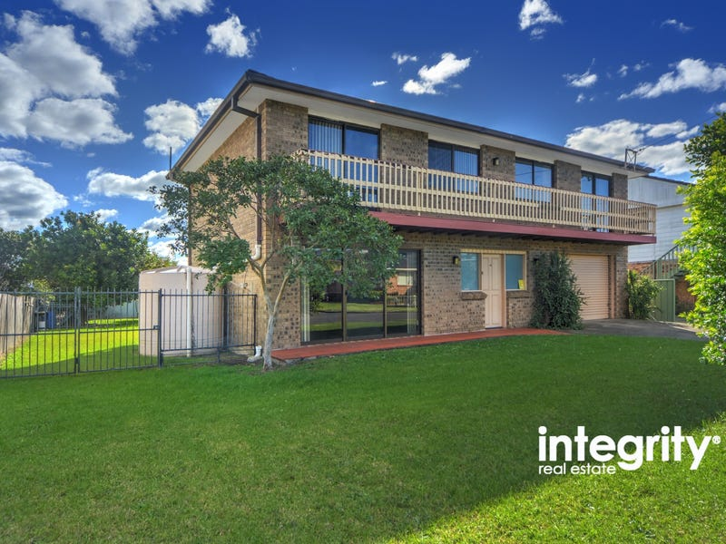 19 Bailey Avenue, Greenwell Point, NSW 2540