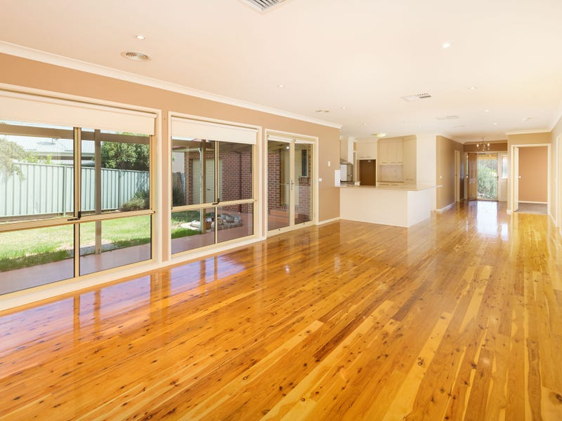 25 Briese Court, Thurgoona, NSW 2640