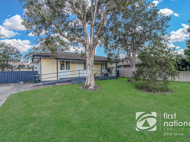 24 Resolution Avenue, Willmot, NSW 2770