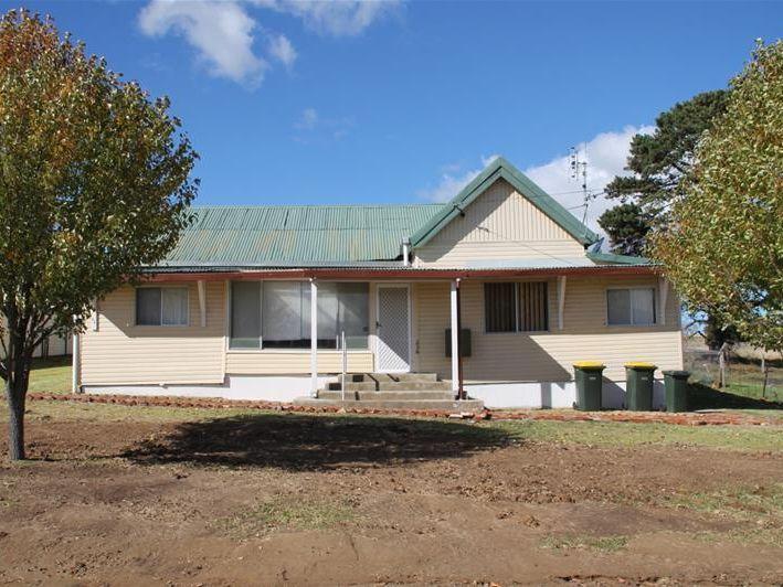 236 Bulwer Street, Tenterfield, NSW 2372