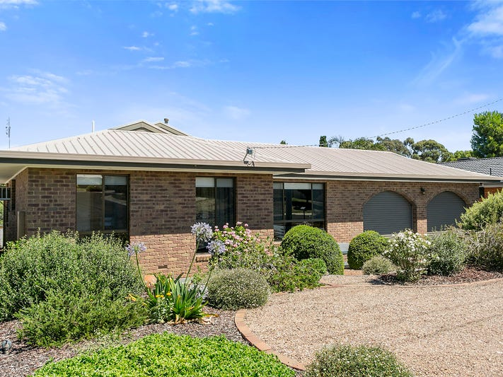 19 Clee Crescent, Strathdale, Vic 3550