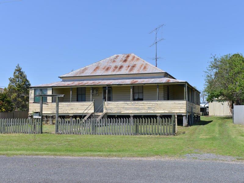 153 Petrie Street, Tenterfield, NSW 2372