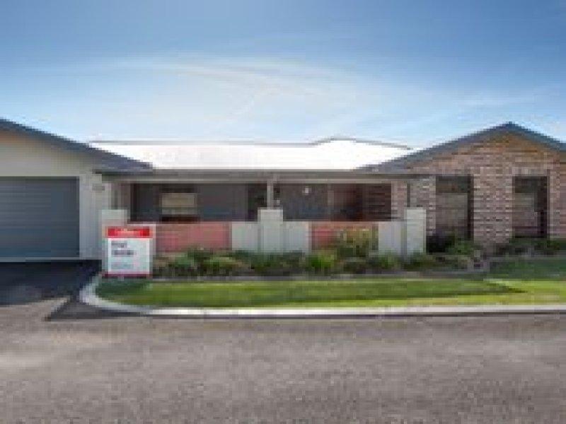 2/65 Broughton Street, Tumut, NSW 2720